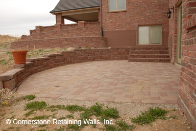 Residential Landscape Retaining Wall Construction And Paver